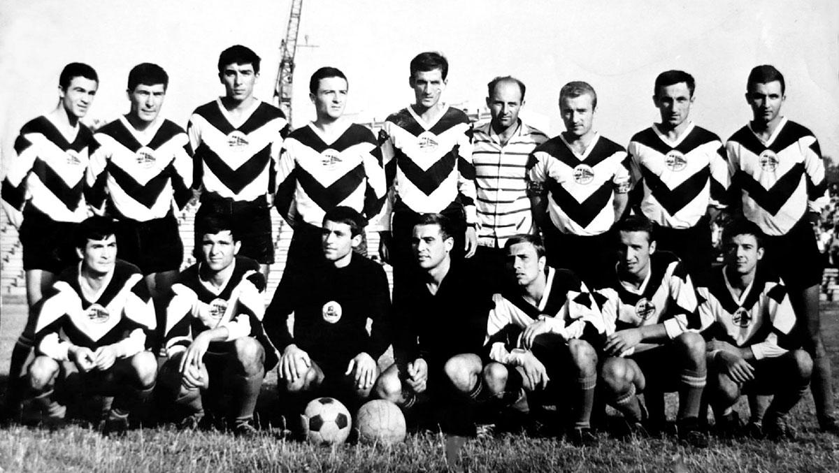 Локо (Русе) през сезон 1965/66